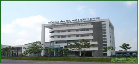 Khuon-vien-truong-cao-dang-Sonadezi